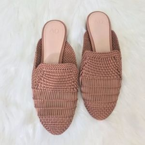 A•D & daughters Brookshire Woven Flat size 6.5